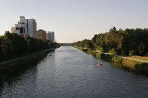 Rudern auf dem Main Donau-Kanal in Erlangen