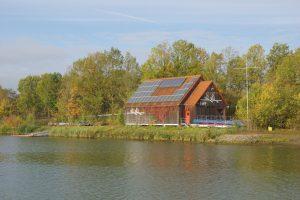 EWF-Bootshaus am Main-Donau-Kanal in Erlangen (Foto: Arne Borsum)