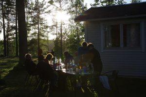 Abendessen (Foto: Arne Borsum)