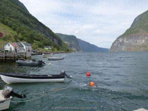 … können wir weit auf den Fjord schauen…