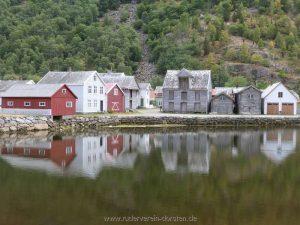Gamleøyri, historische Häuser