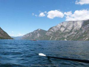 Blick in den nördlichen Aurlands- fjord, unser Weg für morgen
