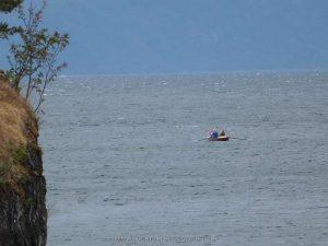 Das erste Boot kommt in Sicht