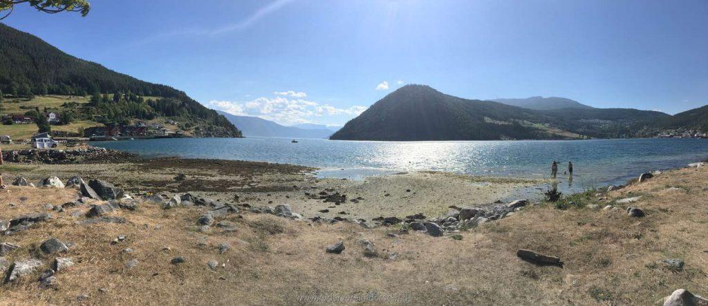 Die Kaupanger-Bucht bei Niedrigwasser